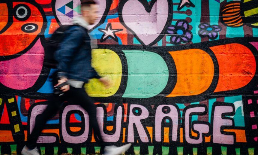 Le courage peut-il être révélateur de bien-être en entreprise ?
